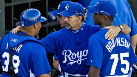 Naturals CF Derrick Robinson (right) with Royals' skipper Trey Hillman in big league camp.