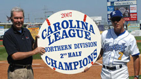 Former Blue Rocks manager John Mizerock (right) on Judy Johnson Field with late team president Matt Minker during the 2007 season.