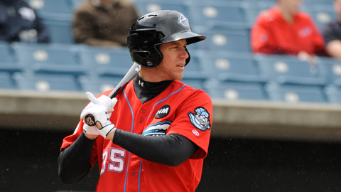 Jeff Frazier hit a home run and a double in the Chiefs' loss Sunday.