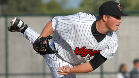 Blair Walters led the Pioneer League with nine wins during the regular season.