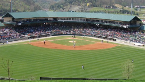 The Smokies ended the 2011 season with a 83-57 record and won the North Division title.