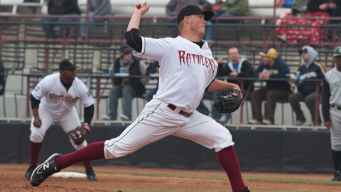Jimmy Nelson makes a pitch during a 2011 Timber Rattlers game.