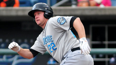 Jason Michaels' three-run home run gave the Chiefs a Game One win on Thursday.