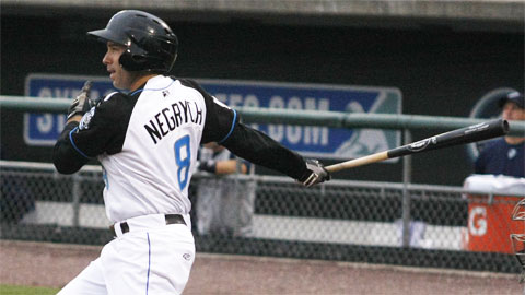 Jim Negrych's game-tying home run started a seventh-inning rally on Sunday.