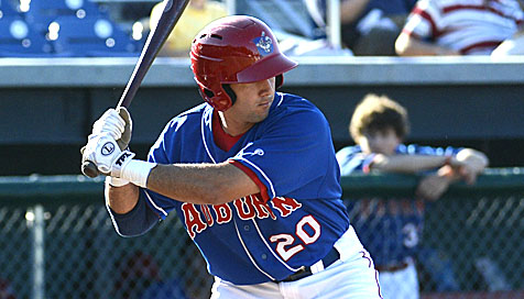 1B Carlos Lopez had the most productive bat in the Doubledays lineup for a second straight night, going 3-4 on Sunday with 2 RBI
