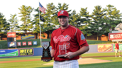 Darin Ruf receives the MVP and Rookie of the Year Award in Reading.