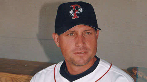 DiSarcina signed a minor league free agent deal with the Red Sox for the 2002 season and played in 35 games for the PawSox.