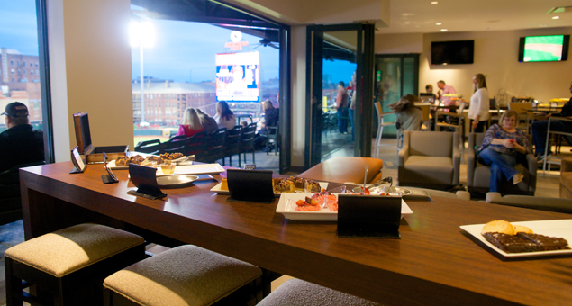 nightly luxury suites memphis redbirds tickets. Black Bedroom Furniture Sets. Home Design Ideas